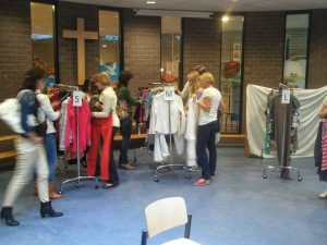 Kledingparty voor Habitat for Humanity