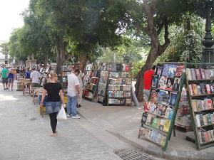 Tweedehands boekenmarkt Plaza de Armas